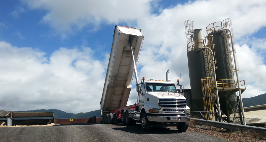 semi tipper hire cairns