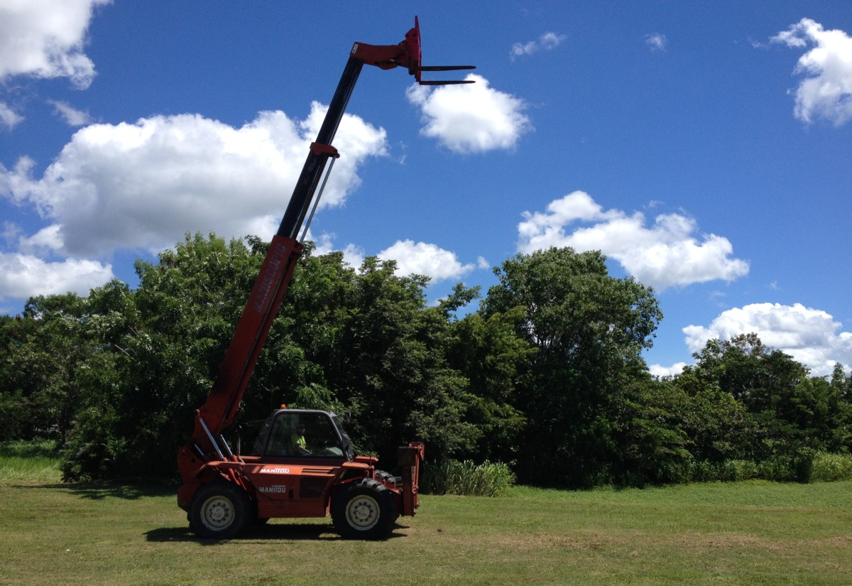 Manitou hire Cairns
